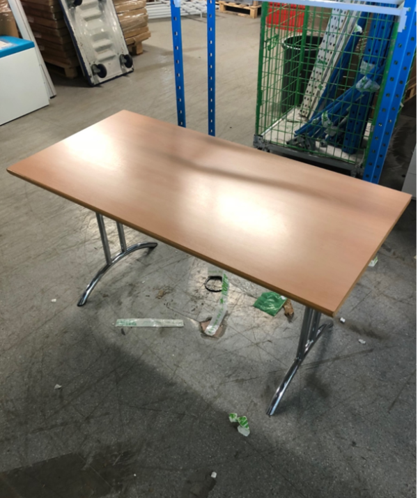 Folding table - 140x90cm